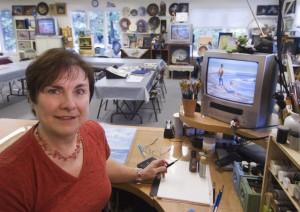 web Liz in studio 09 2